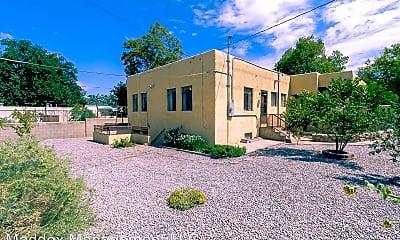 Building, 511 Richmond Dr SE, 1