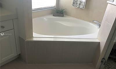 Bathroom, 9815 NW 32nd St 0, 2