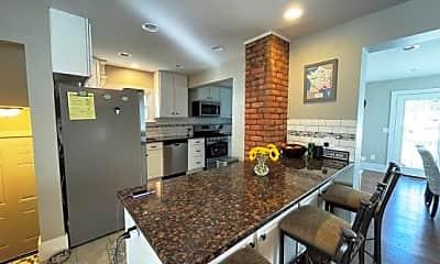 Kitchen, 2994 Cumberland Road, 1