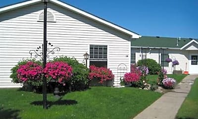 Landscaping, Bungalows of Champlin, 0