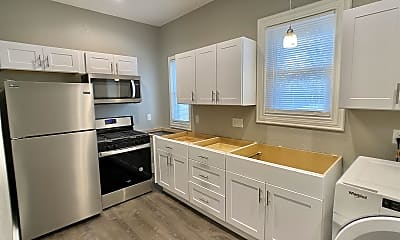 Kitchen, 258 S Pearl St, 1