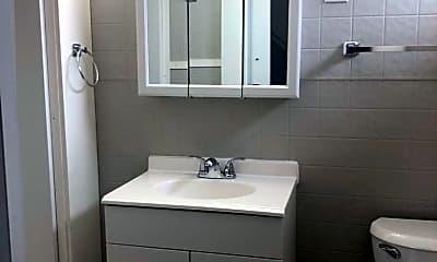 Bathroom, 14 Cedar St, 2