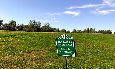 Riverwood Apartments, 1