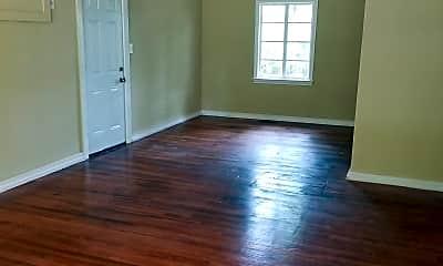 Living Room, 3936 Oaklawn Dr, 1