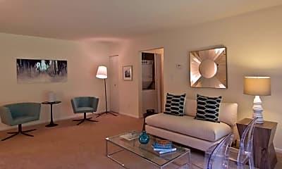 Living Room, Pines Of York, 1