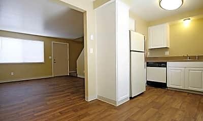 Kitchen, Sugar Pine Townhomes, 0