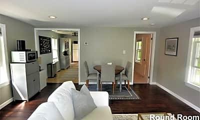 Living Room, 111 Lake St, 2