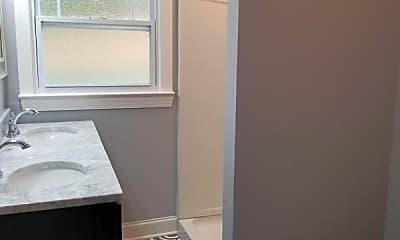 Bathroom, 100 S Broad St, 2
