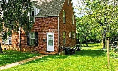 Building, 812 Oak St, 0