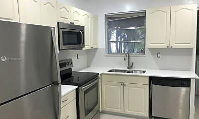 Kitchen, 730 Benevento Ave 730, 2