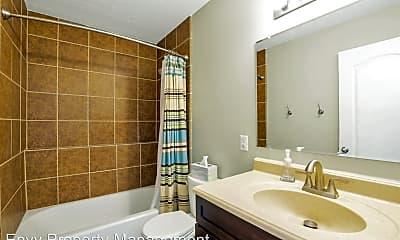 Bathroom, 1218 780 W, 2