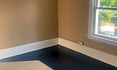 Bathroom, 884 E 150th St, 2