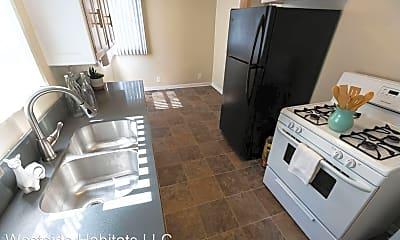 Living Room, 621 Midvale Ave, 1