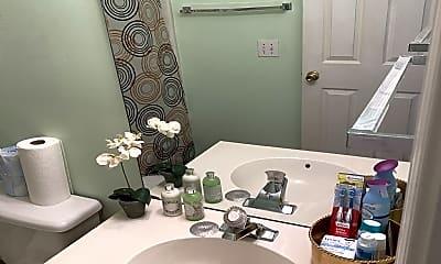 Bathroom, 1518 Rumstone Ln, 2