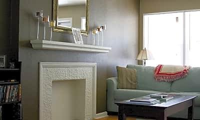 Living Room, Edgemoor Townhomes, 2