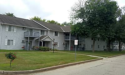 East Manor Apartments, 2