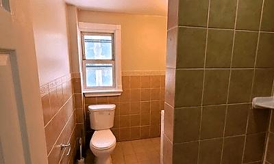Bathroom, 82 Cedar Ave, 2