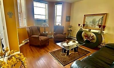 Living Room, 13 50th St 3, 0