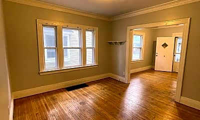 Living Room, 95 Woodlawn St, 1