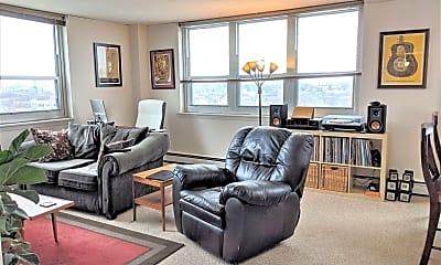 Living Room, 1707 N Prospect Ave, 1
