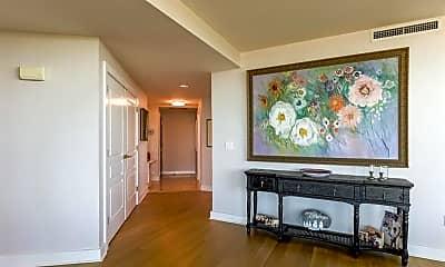 Living Room, 700 Park Regency Pl NE 1707, 1
