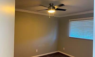 Bedroom, 515 E Dunbar Dr, 2