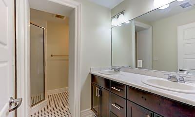 Bathroom, Wayne & Waldorf Apartments, 2