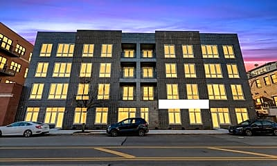 Building, 2217 W Madison St 214, 0