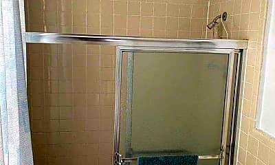 Bathroom, 147-18 45th Ave 2F, 2