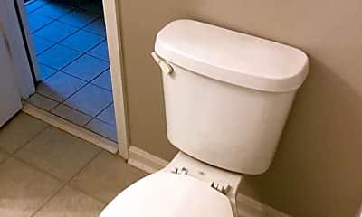 Bathroom, 4015 Grandview Ave, 2