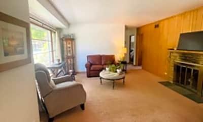 Living Room, 98 S 3rd Ave, 1