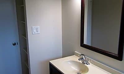 Bathroom, 2265 McBride Ln, 2