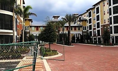 Drake Midtown Apartments, 2