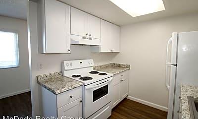 Kitchen, 5236 Naranja St, 1