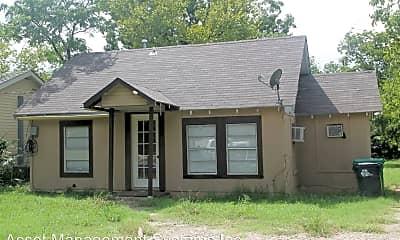 Building, 917 N Wood St, 0