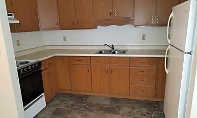 Kitchen, 800 S Sherman Ave, 1