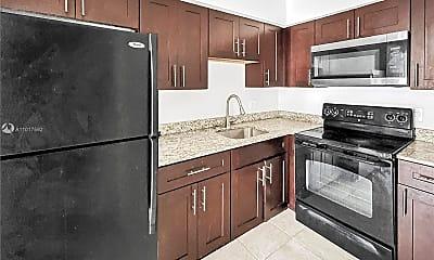 Kitchen, 4050 Woodside Dr A, 1
