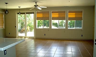 Living Room, 1132 Sonia Dr, 1