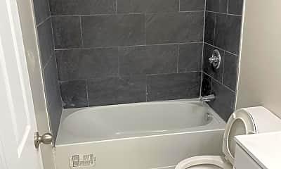 Bathroom, 1607 Summit Rd, 1