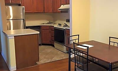 Kitchen, 720 Prescott Dr, 2