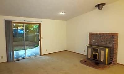 Living Room, 5452 Mohawk Ct S, 1