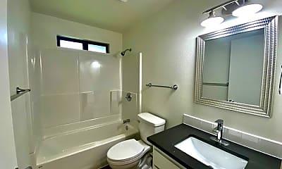 Bathroom, 3406 SE 11th St, 2