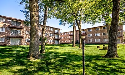 Building, Hickory Oaks Apartments, 1