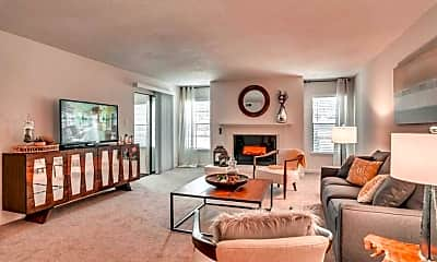 Living Room, Retreat at Mountain Brook, 0
