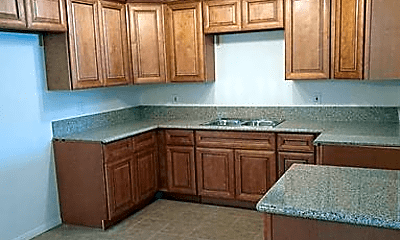 Kitchen, 1011 Mojave Dr, 1