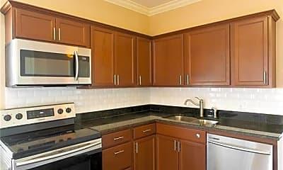 Kitchen, 1115 S Jennings Ave 10, 1