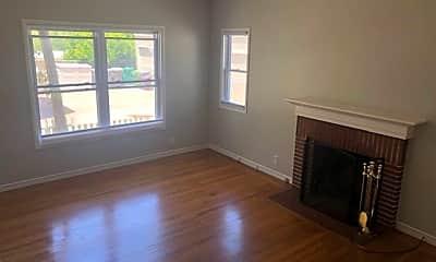 Living Room, 536 Fairbanks Ave, 1
