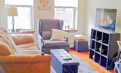 Living Room, 190 North St, 2