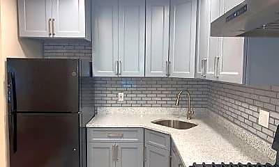Kitchen, 142 E 45th St, 1