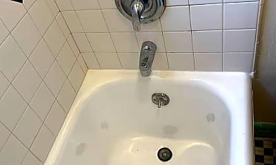 Bathroom, 134 Lewis St, 2